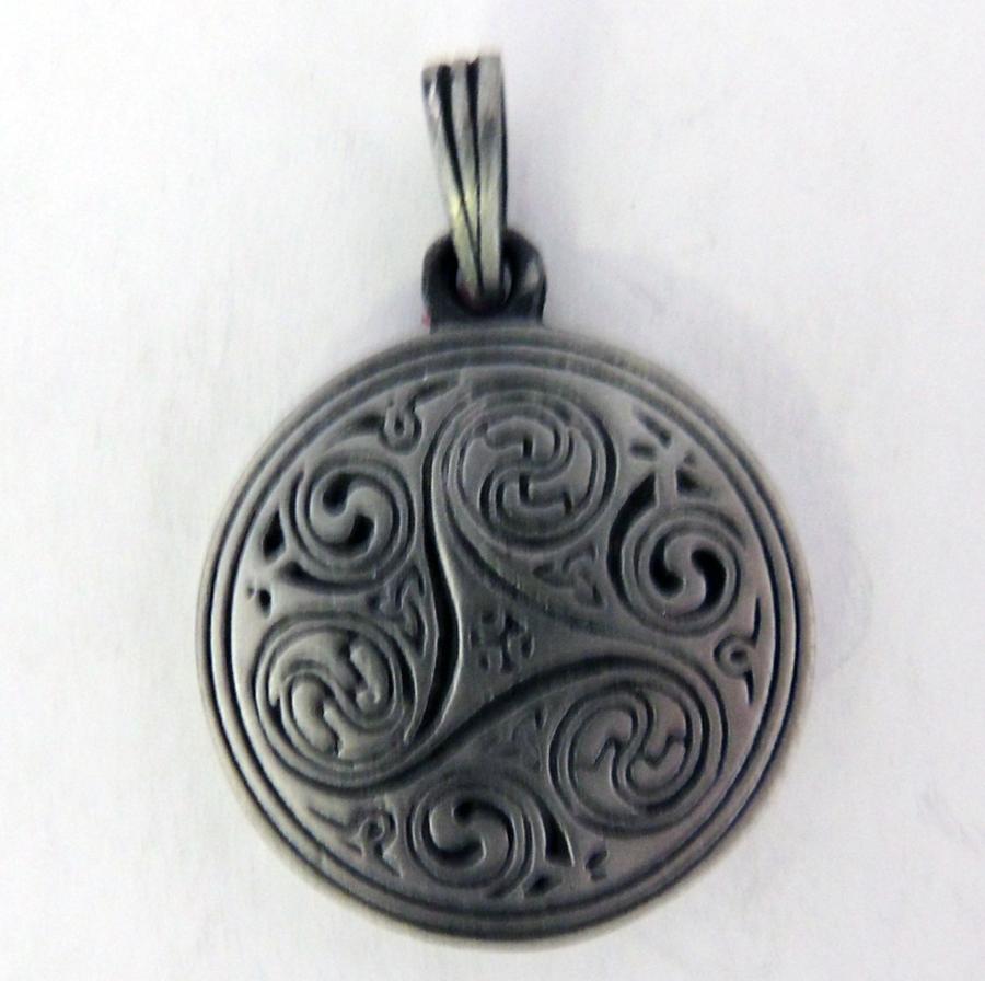 Pendant 36 celtic triskele balance thor cast pendant 36 celtic triskele balance aloadofball Image collections